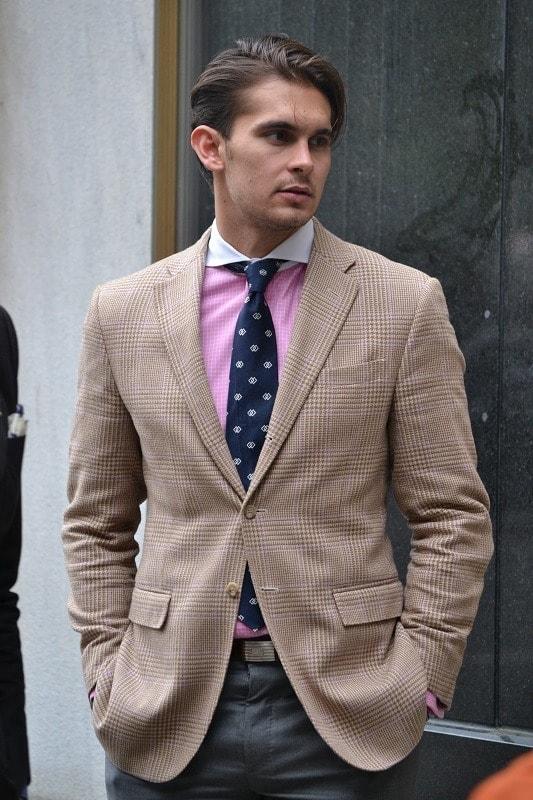 Мужской пиджак с широкими рукавами