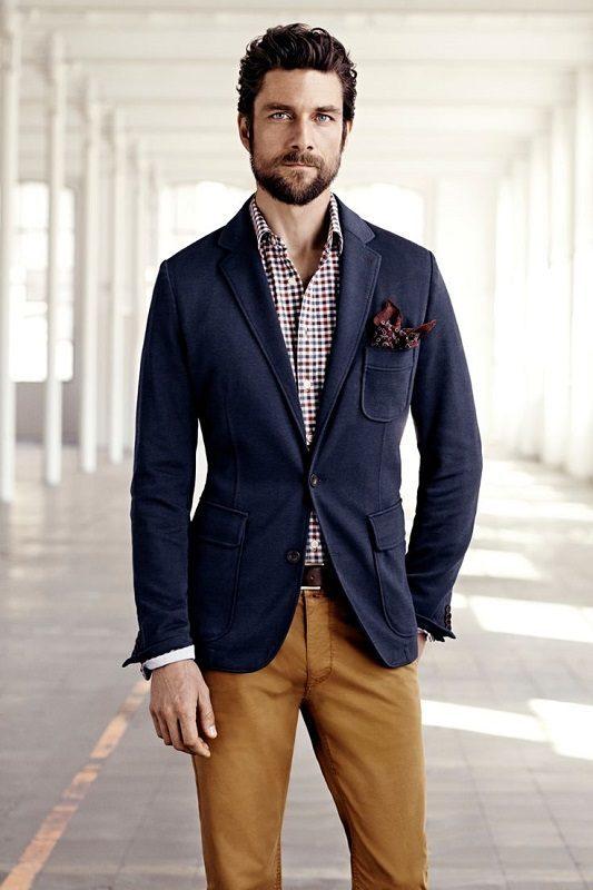 Фото мужчин в модных пиджаках